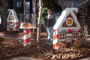 eyecandyprops com 187 3d foam display of big gingerbread homes for wells fargo eyecandyprops com