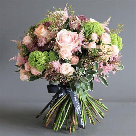 luxury bouquet of guelder same day luxury flower
