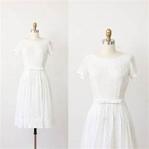white embroidered cotton vintage wedding dress With cotton wedding dress