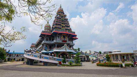 medan indonesia  crazy tourist