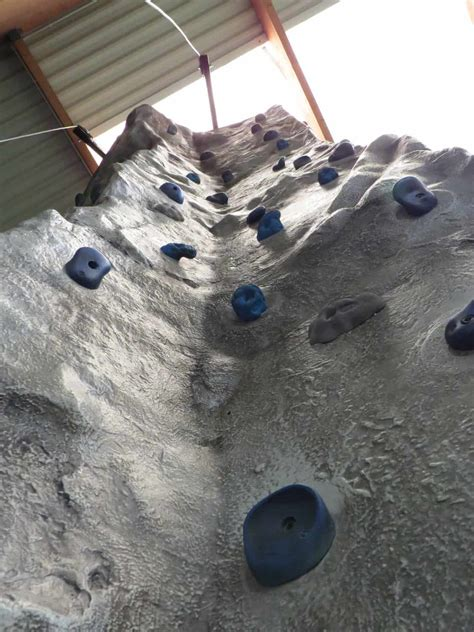 stationary climbing walls climbing attractions innovative leisure