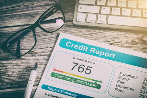 How To Get A Good Credit Score (and Keep It!)