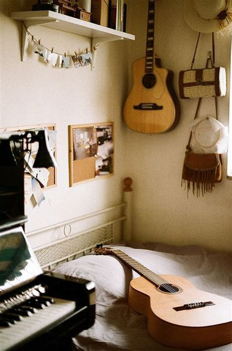 Bold, vibrant colours present saxophones and violin strings in an abstract quartet. 17 Teenage Music Bedroom Themes | HomeMydesign