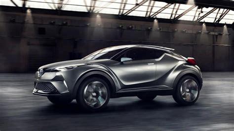 Toyota Yeni Hibrit Suv Konseptini Görücüye çıkardı [video