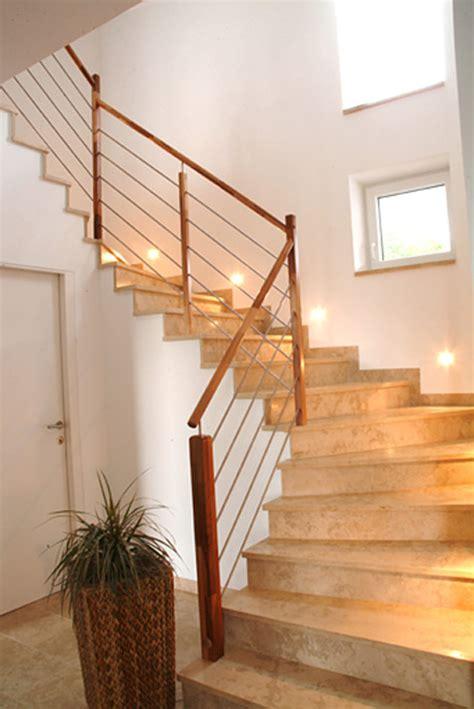Treppengeländer Innen Holz Weiß by Treppenstufen Aus Holz Fur Innen Bvrao