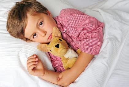 muede ja schlafen nein wenn kinder nicht ins bett wollen