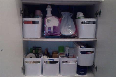 comment ranger ses placards comment ranger petit placard de salles de bain quand on a beaucoup de produits de beaut 233