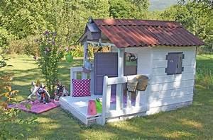 cabane 1 j39aime bien pinterest fenetre et volets With superb decoration d un petit jardin 0 cabane de jardin pour enfant jeux en plein air