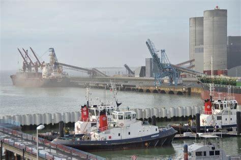 port de commerce la rochelle 80 millions d euros d investissement pour le grand port de