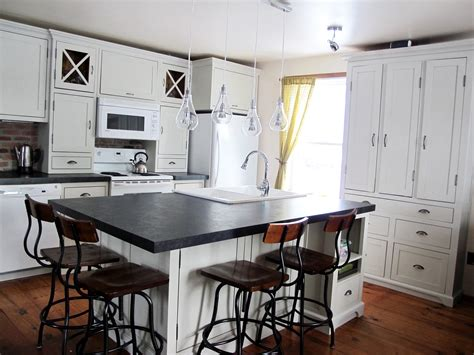 cuisine armoire armoire cuisine ancienne bois massif joliette lanaudiere