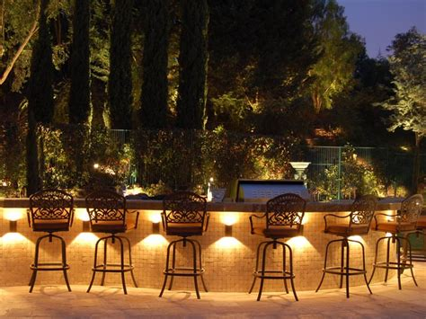 12 Incredible Summer Landscape Lighting Ideas