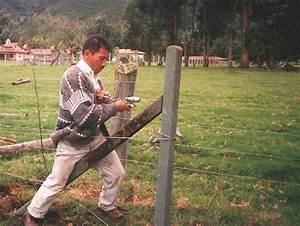 Postes Plásticos Maderplast cerramientos poste Estacones Cercas eléctricas alambrado púas