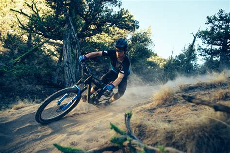 giant launches   trance   mid travel trail