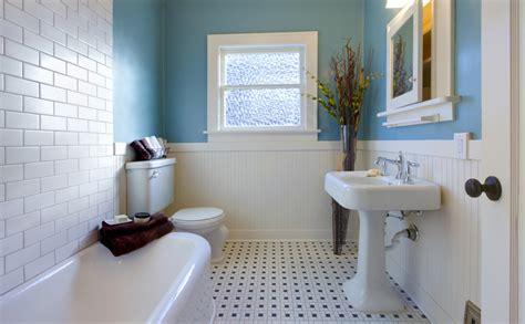 tips en inspiratie voor een landelijke badkamer