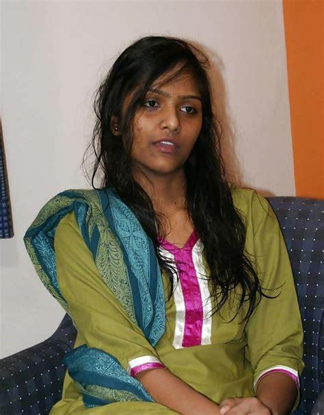 Indian Girl Strip Off Her Saree Tamil Sex Stories