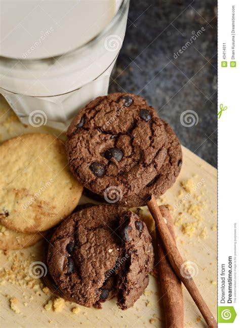 kusuma set chocochip cookies with cinnamon stock photo image 43414011