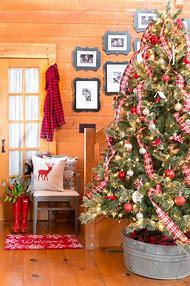 black and red plaid christmas tree decor