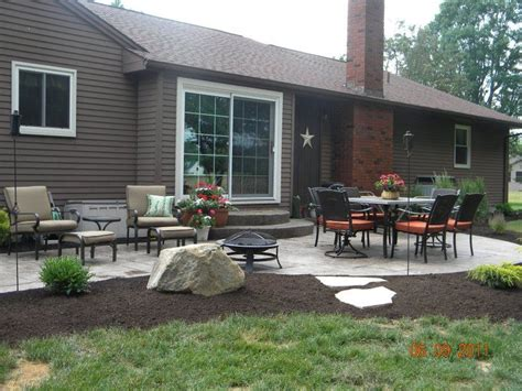 concrete patio landscaping ideas landscape edging sted concrete patios and concrete patios on pinterest