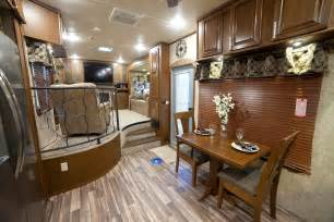 fifth wheels with front living rooms for sale 2017