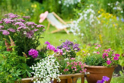 Garten Schöner Machen by Den Garten Durch Die Urlaubszeit Bringen Tipps Tricks