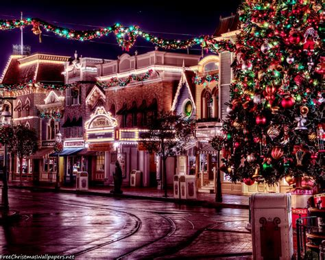 Celebrate The Season With Christmas Desktop Wallpapers & Browser Themes