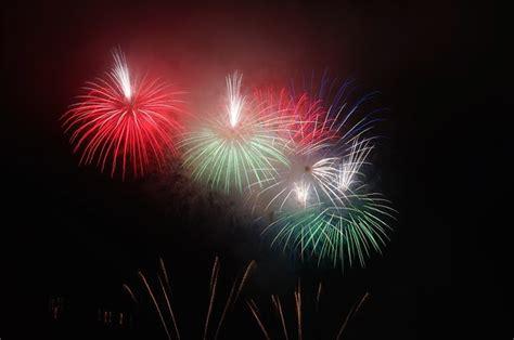 o 249 voir le feu d artifice du 14 juillet les cinq