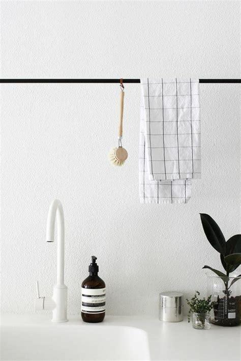 porte salle de bain leroy merlin le porte serviette en 40 photos d id 233 es pour votre salle de bain archzine fr