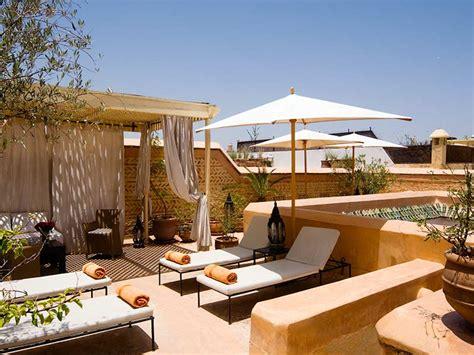 chambre d h el romantique riad tzarra louez le riad tzarra à marrakech hotels ryads