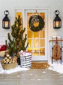 Deko Vor Der Haustür Modern : 18 traumhafte ideen wie sie den hauseingang weihnachtlich dekorieren ~ Markanthonyermac.com Haus und Dekorationen