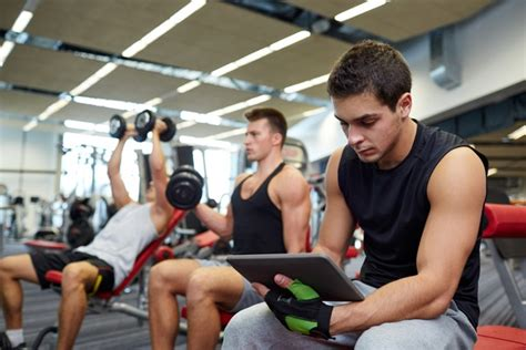 How to Get Fit with the Right Personal Trainer Online
