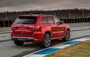 Prix Jeep : 2018 jeep grand cherokee trackhawk packs 707 horsepower the torque report ~ Gottalentnigeria.com Avis de Voitures