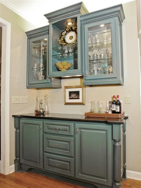 kitchen  cabinets  painted  solid color