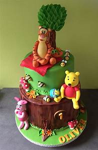 265 best winnie the pooh cakes images on pinterest conch With winnie the pooh cake template