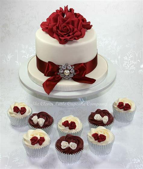 ivory wedding cake ideas  pinterest elegant