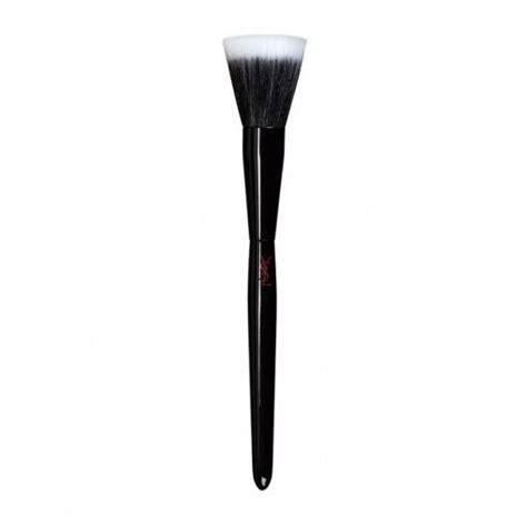 Рабочие инструменты 10 необходимых кистей для макияжа — Wonderzine