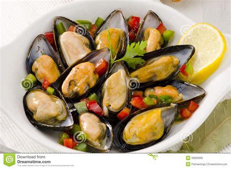 cuisine espagnole tapas cuisine espagnole moules en sauce mejillones une la