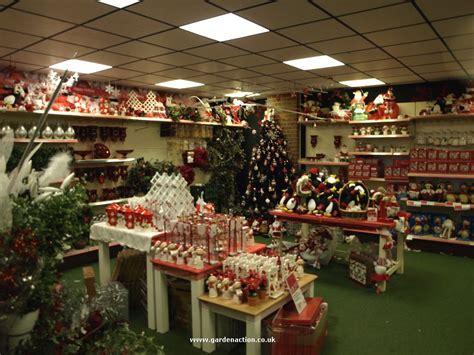 christmas shopping  santas grotto  worlds  garden