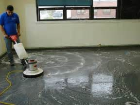 cleaning vinyl floors floor finish wax procedures product and tools commercial keeping