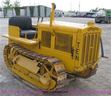 antique bulldozers crawlers caterpillar 10 crawler 1930 restored gas tractor cat ten dozer