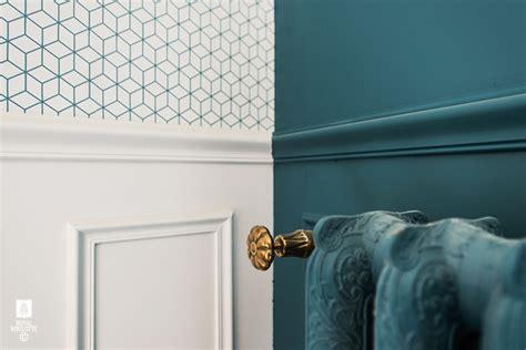 chambre gris et bleu papiers peints de marques inspiration décoration murale au fil des couleurs papier