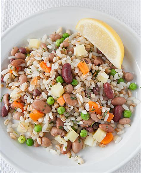 come cucinare riso farro e orzo insalata di riso con legumi 3 cereli riso farro e orzo