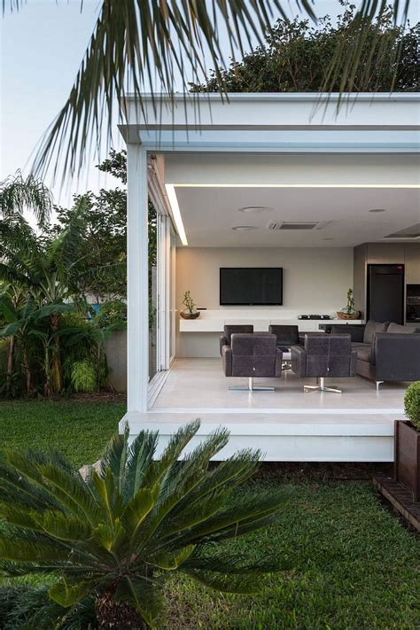contemporary pool house  porto alegre   arquitetura