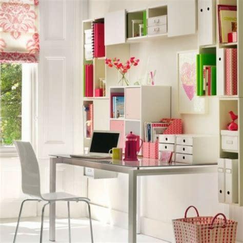 bureau de travail maison les 34 exemples du parfait bureau à domicile féminin