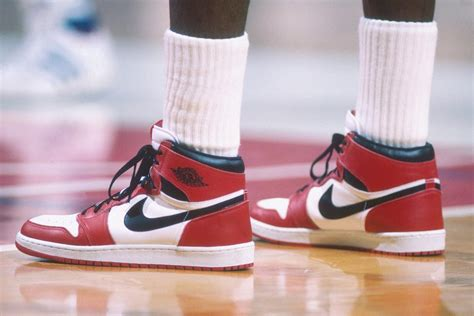 25 Best Air Jordans Of All Time Ranked Man Of Many