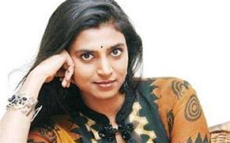 actress kasthuri new malayalam movie actor kasthuri accuses popular telugu hero politician of