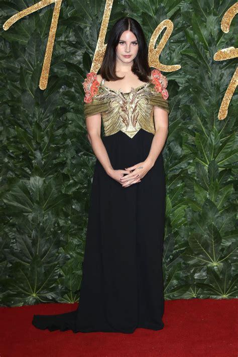 lana del rey  fashion awards   london