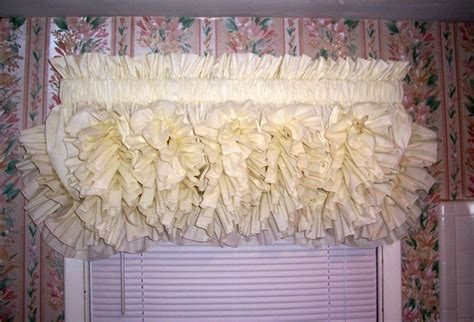 22 Best Images About Beautiful Country Ruffled Curtains On Pinterest Bay Window Curtains For Living Room Windows And Door Ideas One Way See Thru Harry Corry Stirling Curtain Cloth Hs Code Eyelet Fabric By The Metre How To Put On Curved