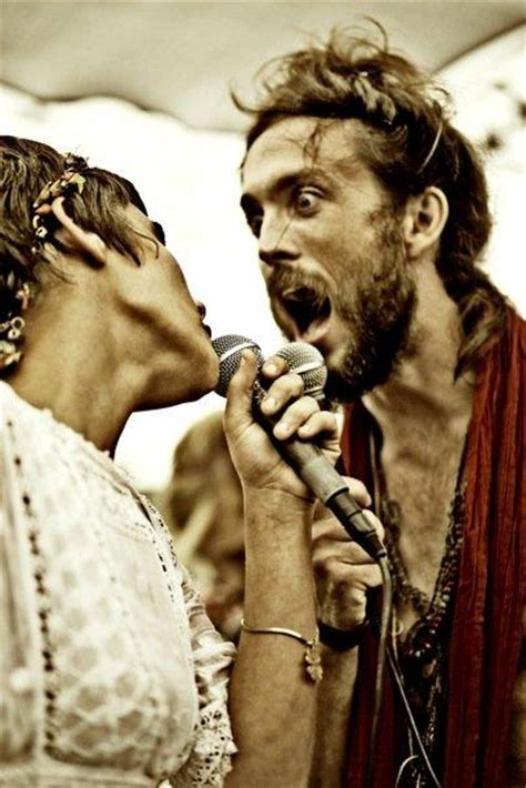"""Edward Sharpe And The Magnetic Zeros' Get Epic On """"kisses"""