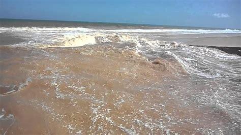 Encontro Do Rio Com O Mar
