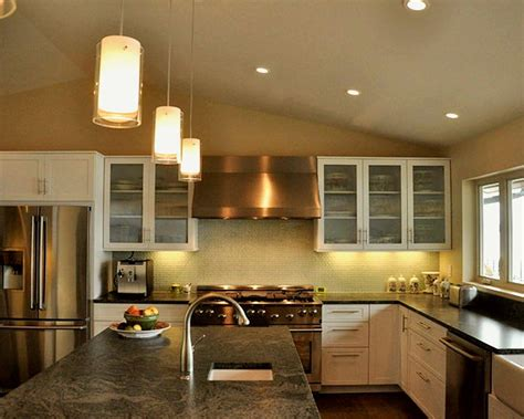 kitchen island lighting tips   build  house